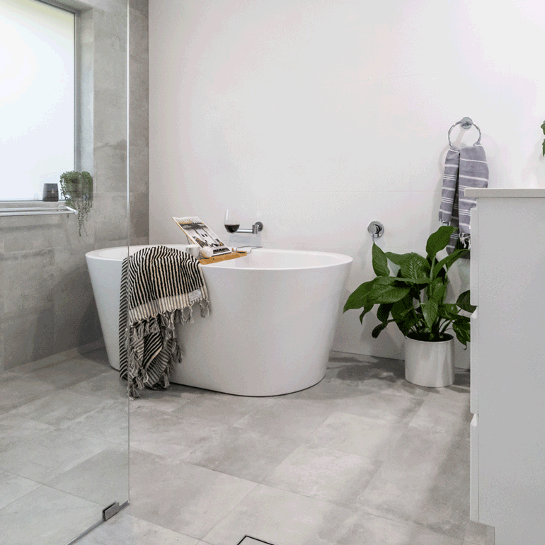 Grey & White bathroom in Ballina NSW by Northern Rivers BathroomRenovations